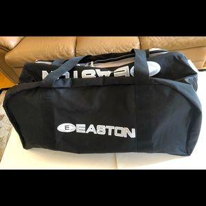 Easton Xtreme Large, Black Duffle Bag, NWT